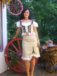 Landhauskleider Finden Sie In Unserem Geschaft Besuchen Uns Bitte Fachgeschaft